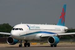 AIRBUS A320-200  G-OOAW